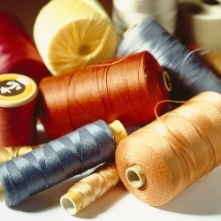 BEST THREAD FOR SEWING KNITS